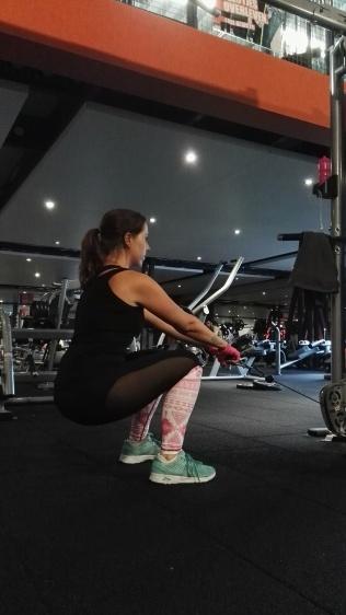 Cable squat